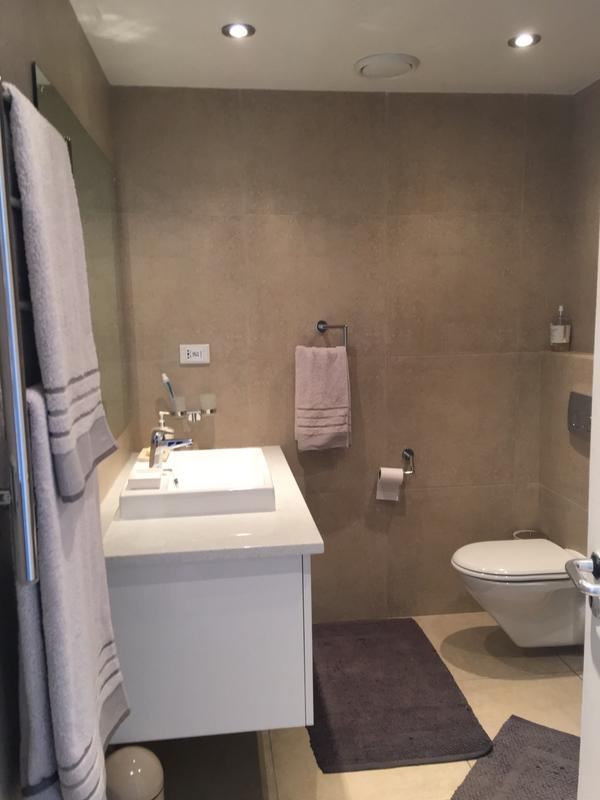 Property For Sale in Blouberg Beachfront, Cape Town 14